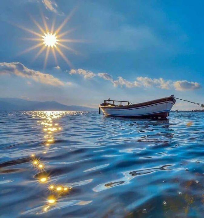 Пожелание доброго утра на фоне морского пейзажа