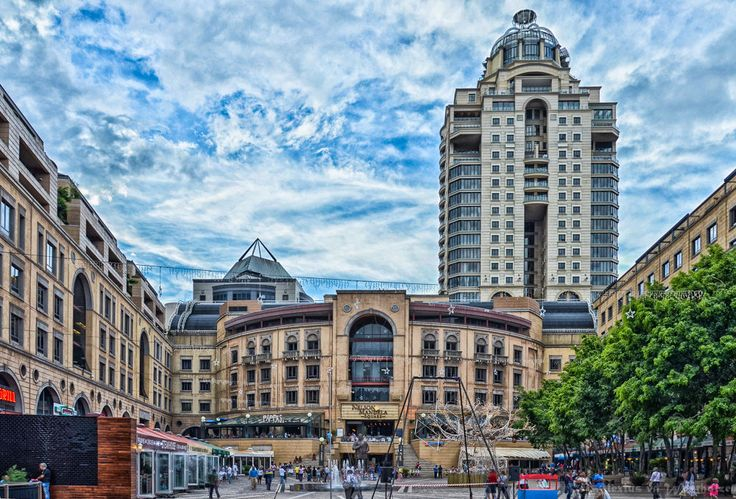 Nelson Mandela Square  by alexiusvanderwesthuizen