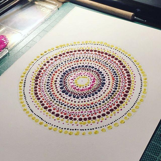 Dot dot dot 🖊    #dots #painting #water #waterpainting #watercolor #in progress #inprogress #pointism