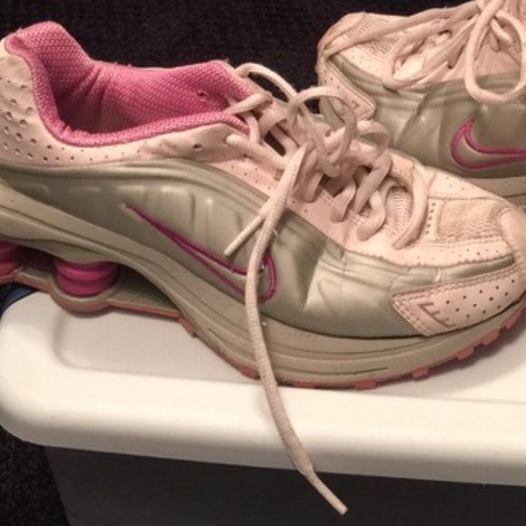 Nike shox gym shoes Light Pink silver and Fushia Nike shox gym shoes.  These shoes have been lightly worn and are still in excellent condition.  Size is a 5 youth. So cute!!! Nike Shoes Athletic Shoes