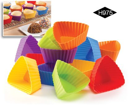 triangle silicone cupcake liners | Bake your cupcakes in a fun shape! Reusable oven-safe cups in fun ...