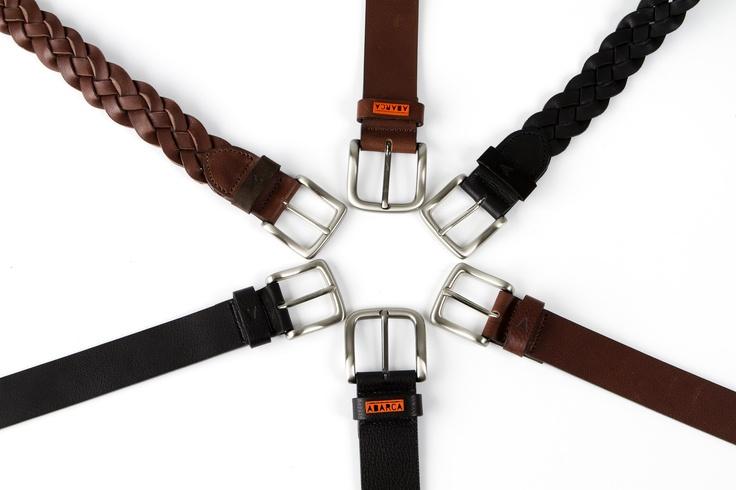 Cinturón marrón y negro. Este artículo está íntegramente hecho en España y confeccionado artesanalmente con materiales de alta calidad.    Se entregan con bolsa de empesa 100% algodón.