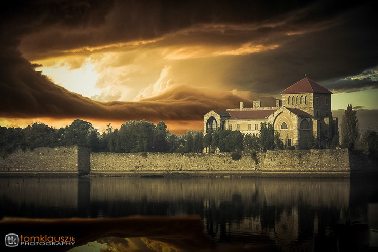 """500px / Photo """"Castle of Tata, Hungary"""" by Tom Klausz"""
