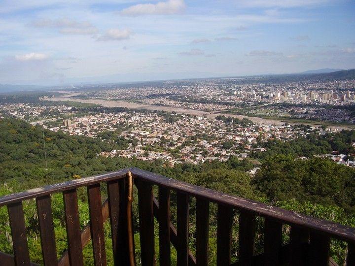 Panorama desde el Parque Botánico Municipal de Jujuy.