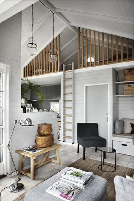 Gezellige en praktische indeling van kleine ruimte.