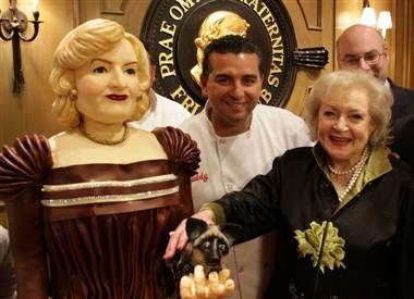 "'Cake Boss' creates life-size cake of Betty White. Ever wonder what a ""Golden Girl"" tastes like?"