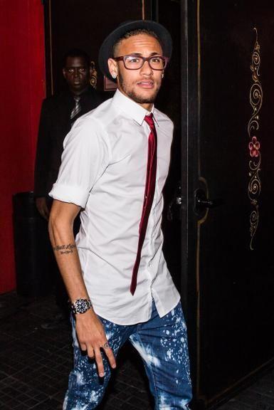 Neymar reúne celebridades para comemorar o aniversário da irmã, Rafaella Santos