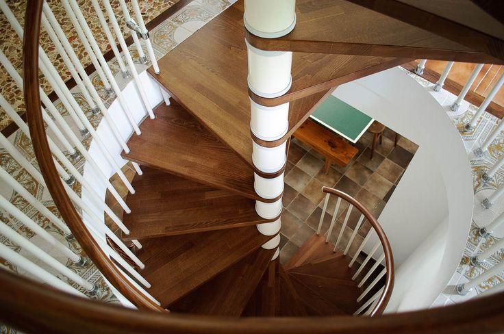 Vista de escalera interior