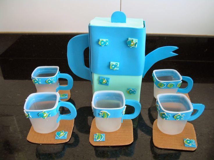 ESPAÇO EDUCAR: Brinquedo com sucata: Jogo de chá feito com caixa de leite, papelão e potes de iogurte reciclados!