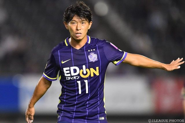 Nagoya Grampus on Monday announced the signing of Sanfrecce Hiroshima striker Hisato Sato on a full transfer. The 2012 J.League  Source
