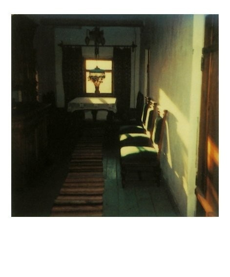 lumière de Hopper    Instant Light - Tarkovsky Polaroids--Also, what time of day does the film take place?