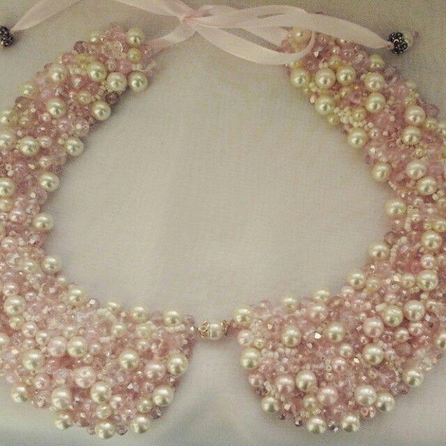 Pearly collar