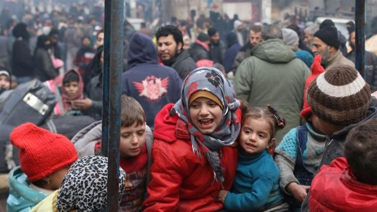 Thousands wait to leave Aleppo as new deal is reached | Syria News | Al Jazeera