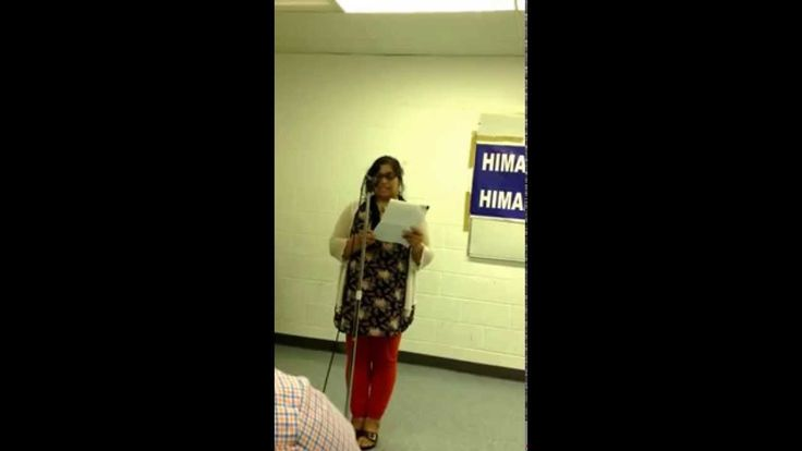Monika Spolia reciting a poem on Peace at a Mushaira at Parc-Ex