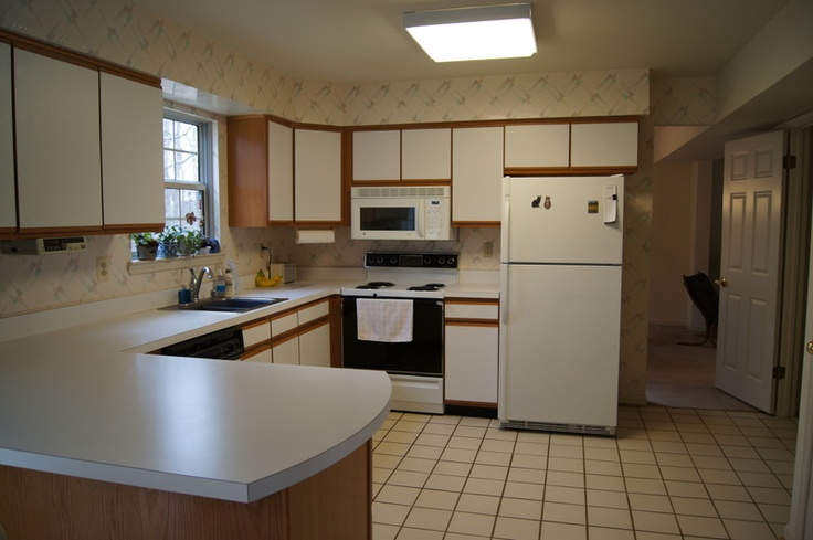 Kitchen 10x10 with breakfast bar for the home pinterest for 10x10 kitchen design ideas