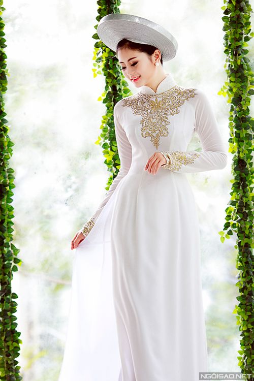Ao dai - Traditional Vietnamese Wedding Dress