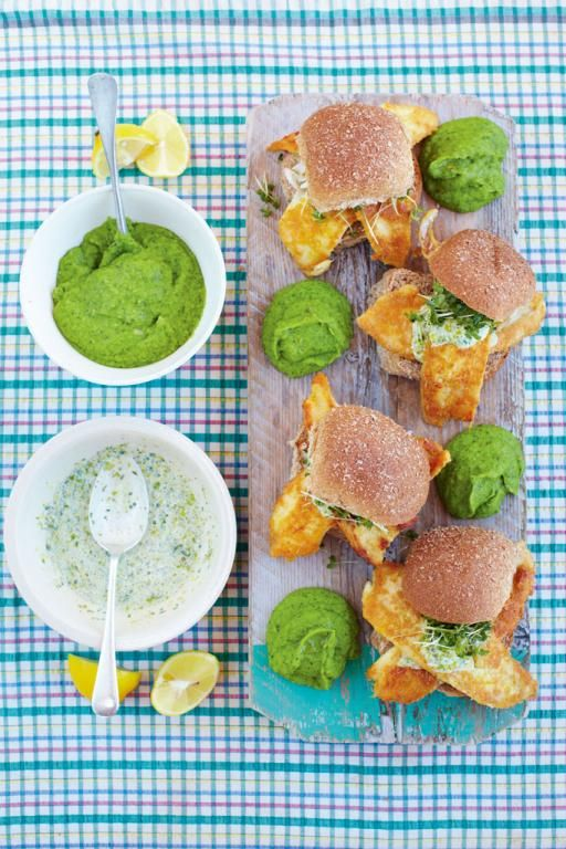 Best fish baps with mushy peas & tartare sauce