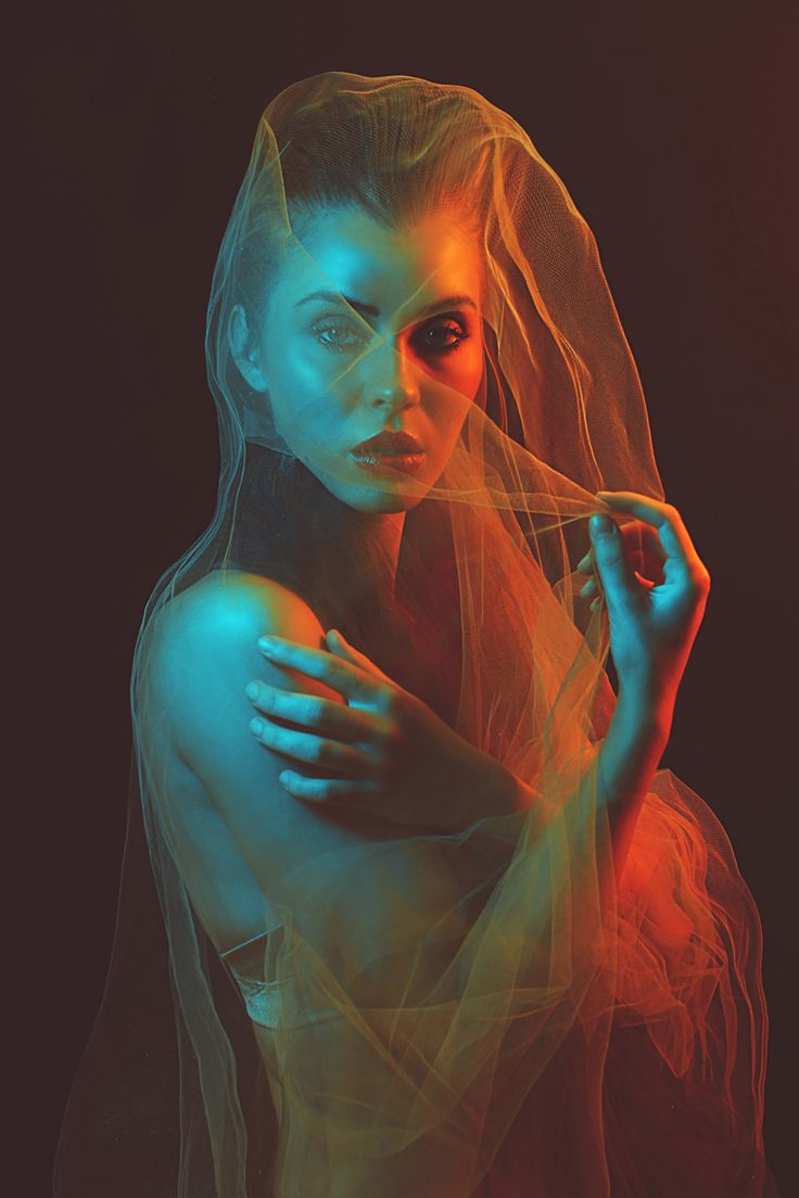 """Fire & Ice"" — Photographer: Naomi Loghry - Loghry Photography Model: Anna Cash I love the lighting of this model"