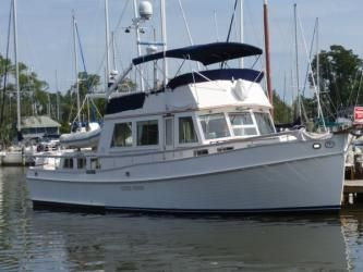 49' Grand Banks- Beautiful 49' Grand Banks Classic, owned by an experienced yachtsman for the past 10 years who has shown pride in ownership.