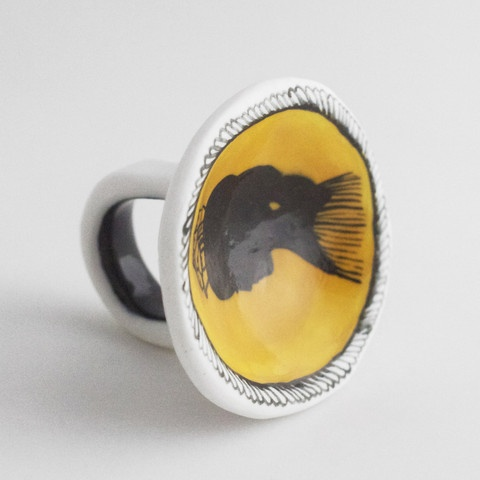 A small collaborative porcelain jewelry company from Melbourne Australia comprised of Abby Seymour and Katherine Wheeler.