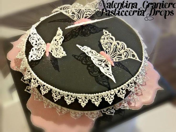 Delicate Royal Icing  - Cake by Valentina Graniero