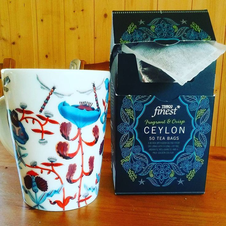 Nice #packagingdesign !! ...Some Tesco products now available in Finland. Picked up these teabags at my local S-market in Karis this week. They make a nice cup of tea too! #cupofrosie @tescofood #tea #teabags #tesco #packaging #smarket #tescofinest #ceylontea #srilanka #aromatic #ethicaltea #boxoftea #acupoftea #drinks #fragrant #instatea #anicecupoftea #tae #cupantae #instacup #mug #iittala #iittalamug #morningcuppa #weareinfinland