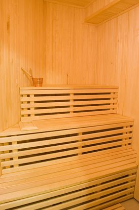 Do's & Don'ts of Using a Steam Room