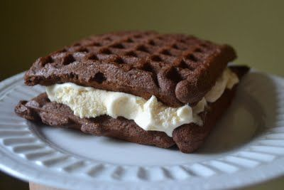 Put cake mix into your waffle iron for awesome ice cream sandwiches - must try this summer!Chocolates Cake, Cake Mixed, Ice Cream Sandwiches, Cake Mixes, Homemade Ice Cream, Waffles Iron, Icecream, Cake Waffles, Cake Batter