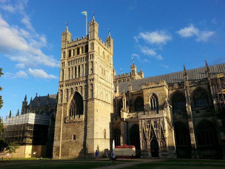 Katedrála v Exeteru z druhé strany