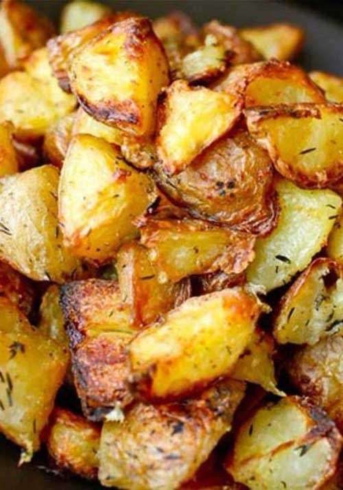 Recipe for Ultra-Crispy Roast Potatoes - Perfect with any meal; these roast potatoes are the ultimate side dish.