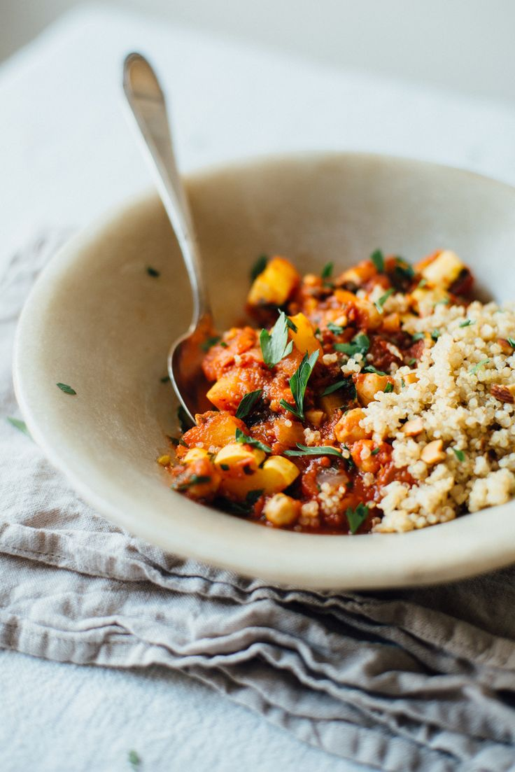 spicy chickpea stew w/ quinoa pilaf | dolly and oatmeal