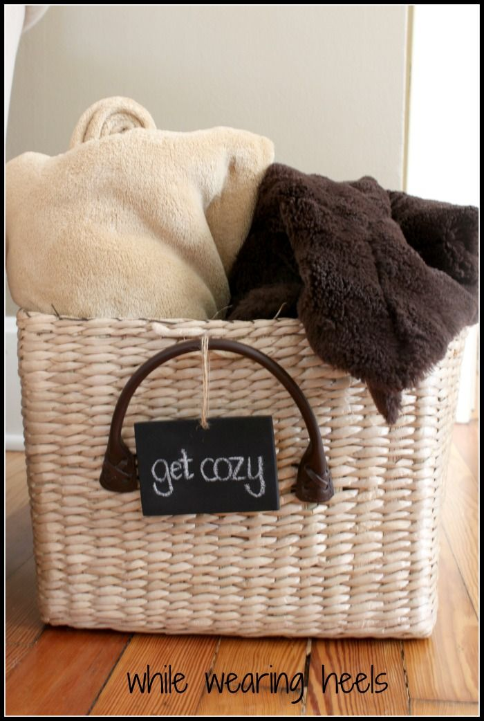 Cute basket for the living room to keep cozy blankets. I never know where to put them, where I can easily grab one if I get cold.