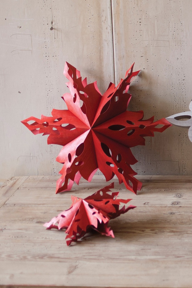Red folding snowflake/star