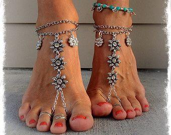 Silver Rhinestone WEDDING BAREFOOT SANDALS Effervescent Chain sandals Luxurious bridal foot jewelry beach wedding Barefoot Wedding GPyoga