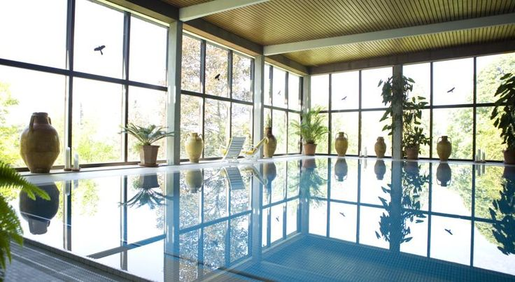 Kellner`s SPA Badenweiler Offering award-winning wellness services and medical treatments, this family-run hotel is located in the spa resort of Badenweiler, amid the picturesque Black Forest. Delicious health food is served here.