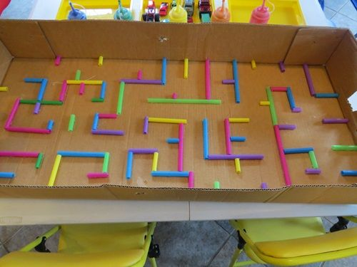 "How to make a maze for play - using a cardboard box & some straws ("",)"