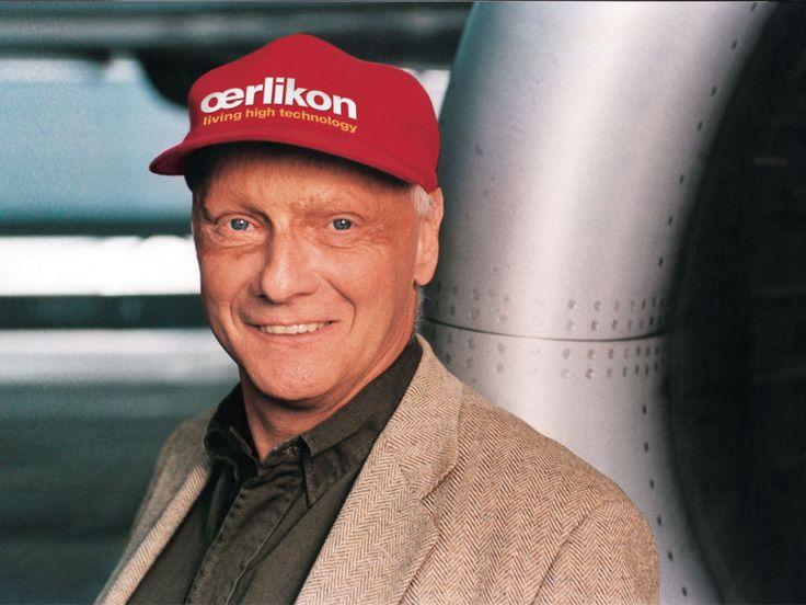 """Niki Lauda: """"Tutti quelli che hanno corso e che corrono in macchina hanno questa consapevolezza: quando si vince, il 30 per cento di merito va alla macchina, il 40 per cento al pilota, il restante 30 per cento alla fortuna."""""""