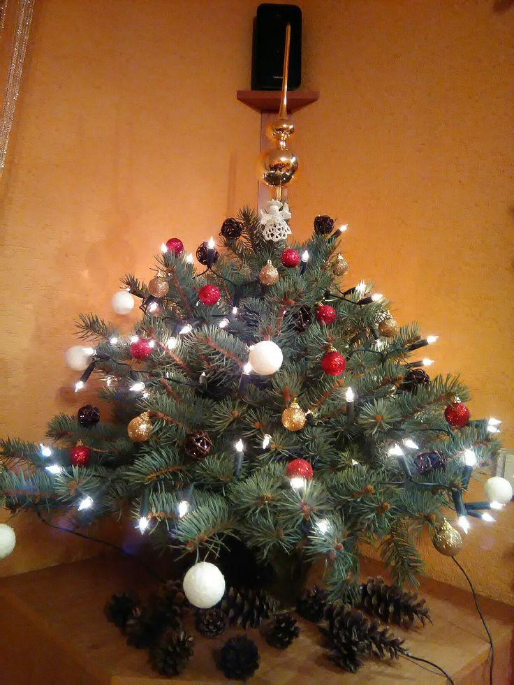 Vánoční stromeček z větviček