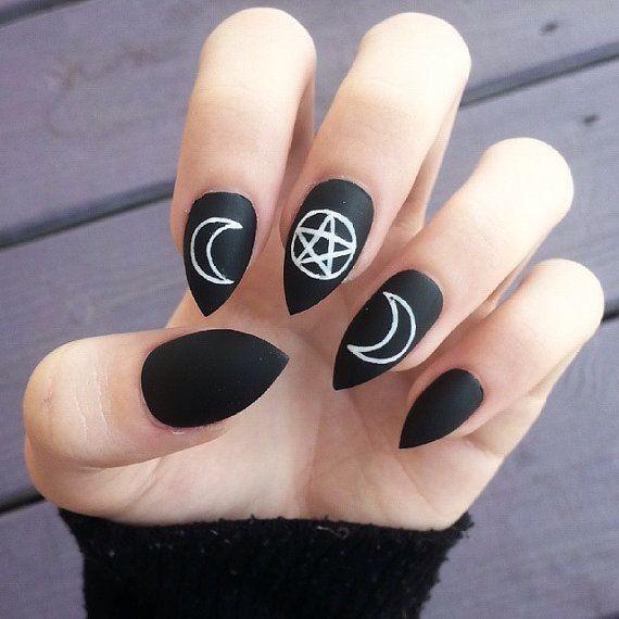 Moon and stars nails