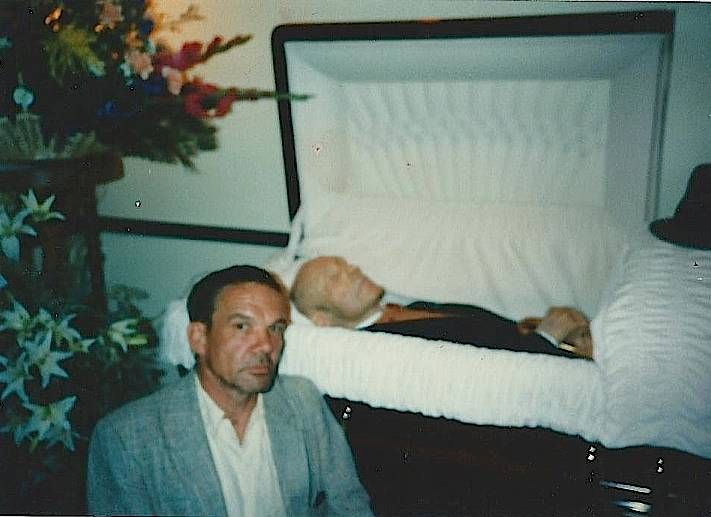 Michael Jackson In Casket | the blatant blog: who killed ...