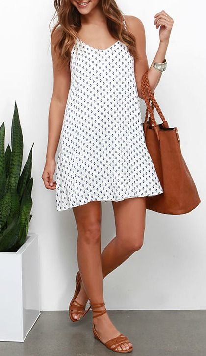 Nice and Easy Navy Blue and Ivory Print Shift Dress