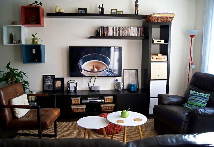 Zmiana wystroju i funkcjonalności salonu – małe mieszkanie (49m2) na jednym z osiedli w Lesznie woj. wielkopolskie, z wąskim a długim salonem, gdzie poza częścią relaksu klient chce dodatkowo przestrzeń do pracy. Inspiracja i wizualizacja–głównie ożywienie przestrzeni iwygospodarowanie miejsca do... Więcej...