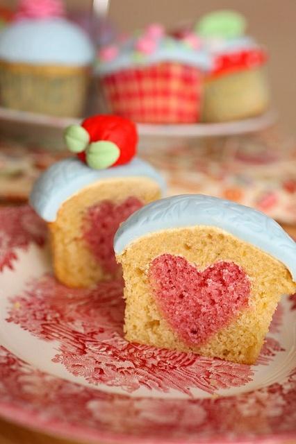 Heart cupcakes! aMAZING!
