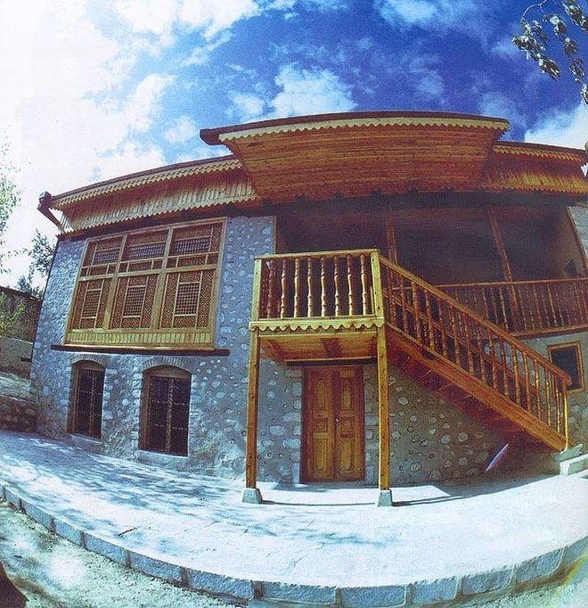 Shusha Susa Azerbaijan S Instagram Post Uzeyir Hacibəylinin Ev Muzeyi Susa Ev Xix əsrdə Susada Tikilib 1959 Cu Il In 2021 Baku City House Styles Mansions