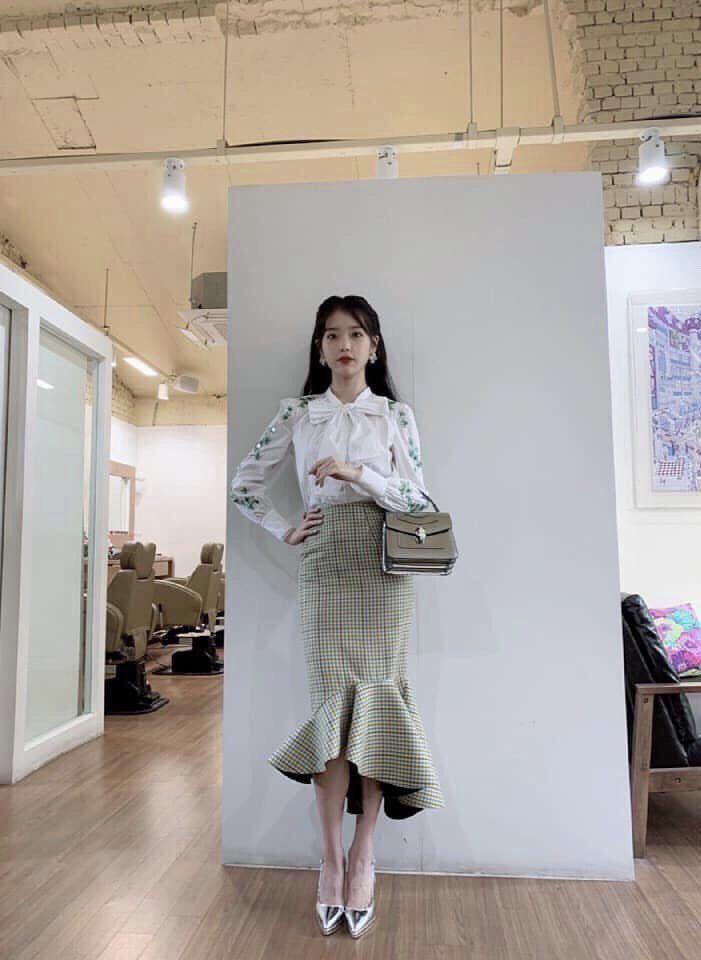 Shop She Means Business Iu In 2020 Iu Fashion Fashion Kpop Fashion Outfits