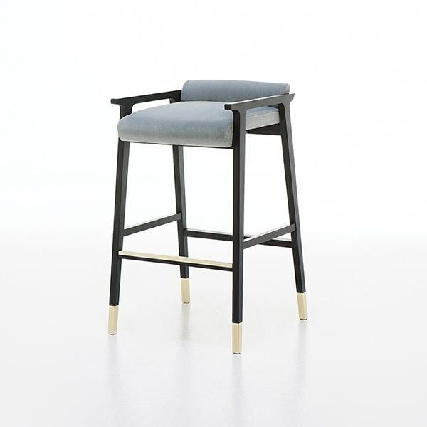 A Hint Of Vintage Chic And Dash Of High Style Makes Up The New Yves Bar Stool Kitchenchairs Bar Chairs Bar Stools Vintage Bar Stools
