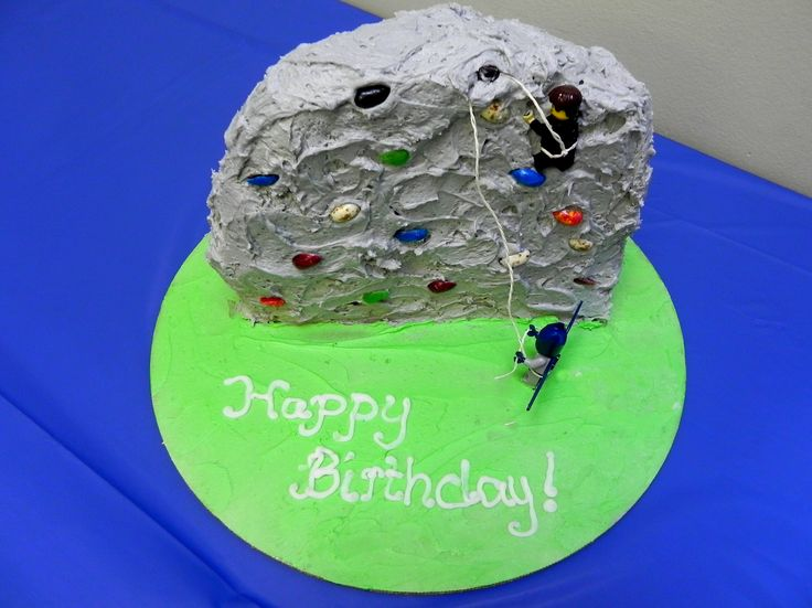 Rock Climbing Birthday Cake (photo by Yvonne Condes)