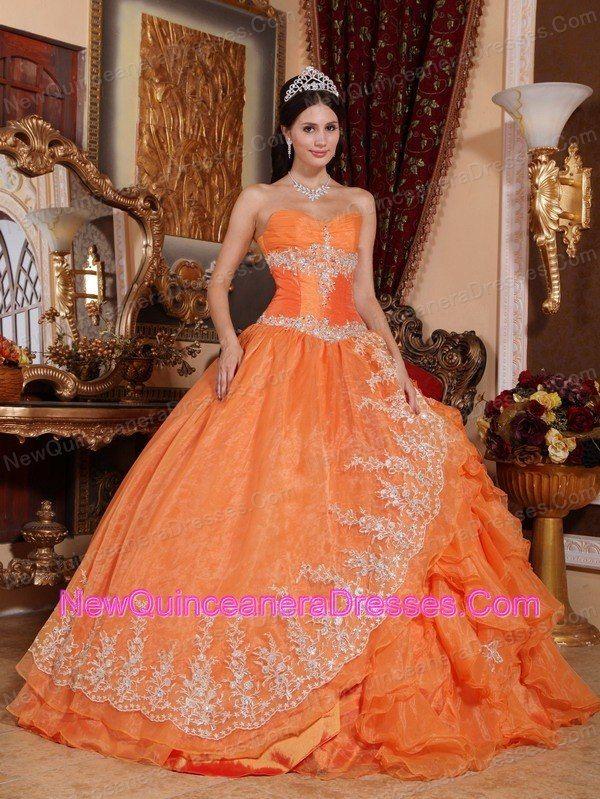 Fashion designer mary katrantzou 24