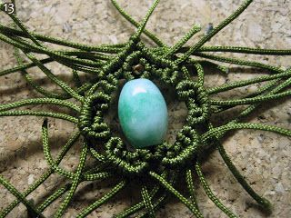 Macrame Tutorials - different ways to surround a bead.