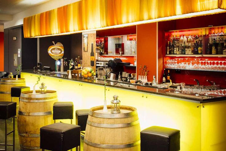 Stopover in Bucharest? Enjoy a drink while you wait for your flight! #Hotelbar #Bucharest #drinks #bartender #stopover #airport
